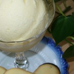 Easy Vanilla Ice Cream Recipe