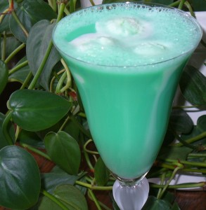 Grasshopper Float with Creme de Menthe Ice Cream recipe