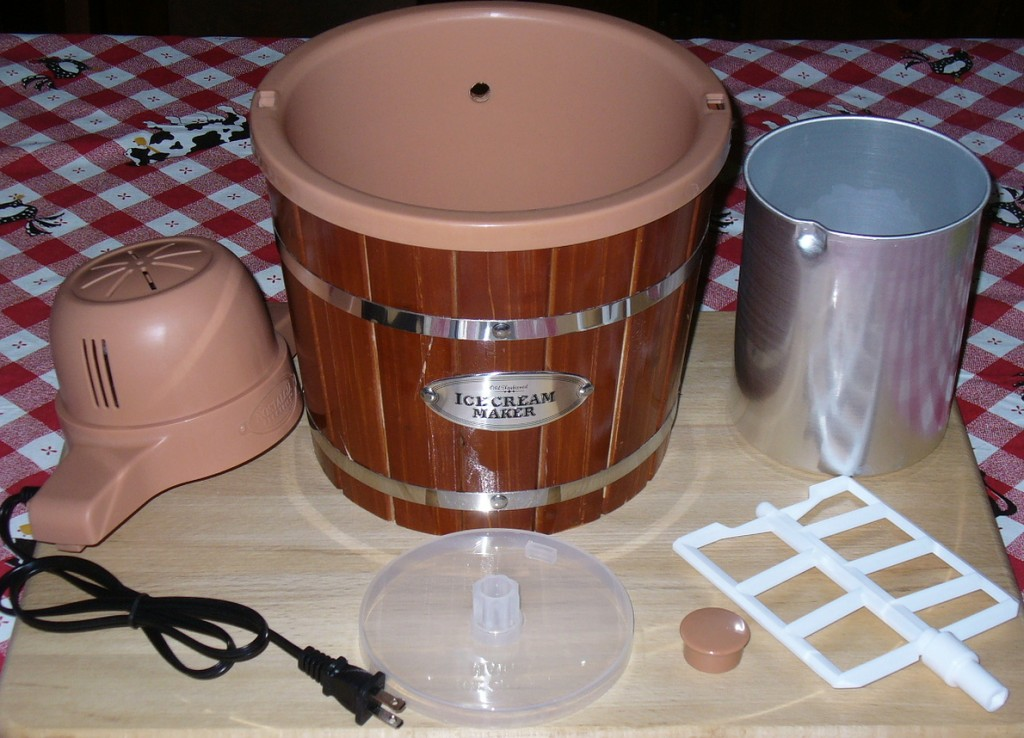 The parts that come with the Nostalgia Electric Ice Cream Maker